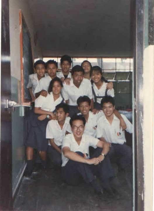 Colegio diez de octubre students